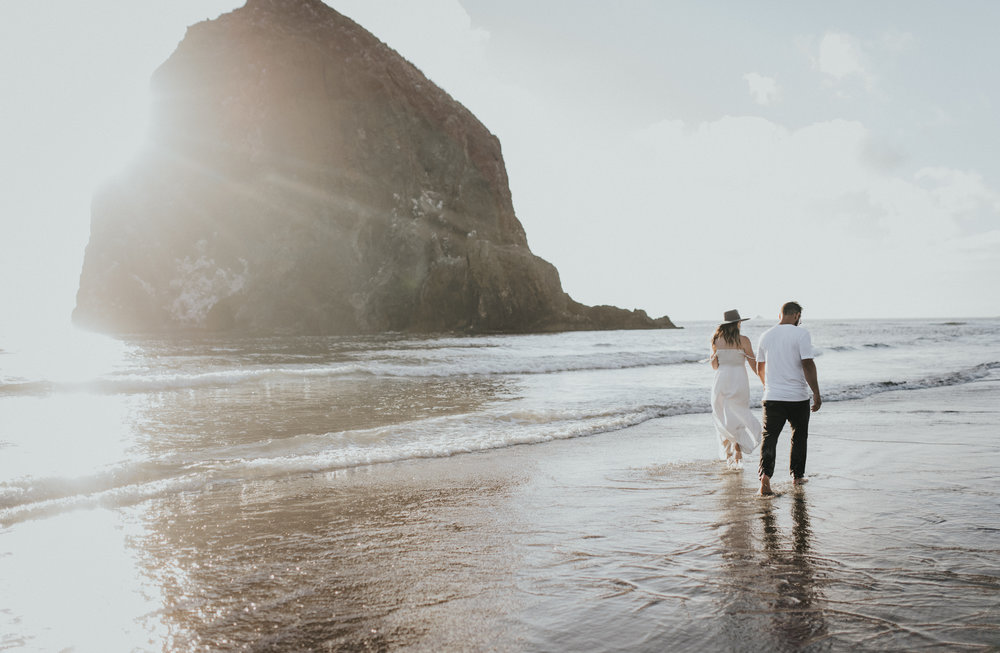 Cannon Beach Haystack Rock Engagement Rustic Moon Photo-129.jpg