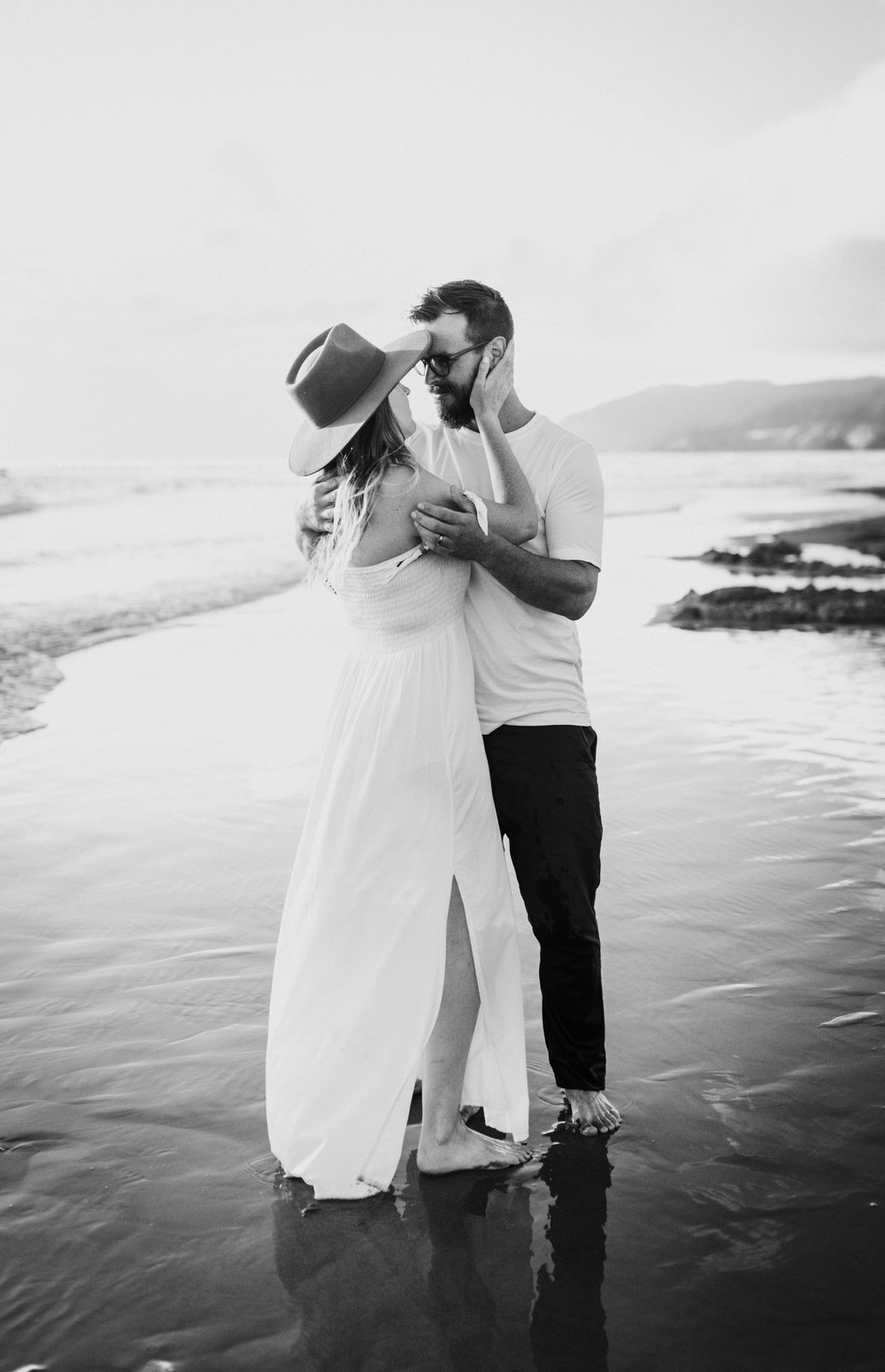 Cannon Beach Haystack Rock Engagement Rustic Moon Photo-143.jpg