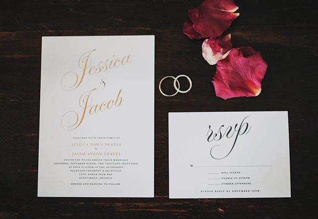 I'm in love with elegant invitation suites ✨