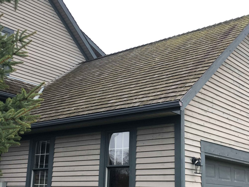 Cedar Roof Cleaning Caledon