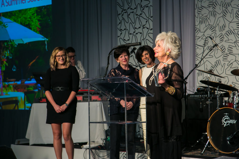 Walli won! That's me on the left.So cool to be on stage with ICON winners, Walli of Walli Richardson Events and Lisa & Leslie of Affair with Flair. That's my photo on the projector on the far left, too :) Thanks again to Grant Oakes for the photo!