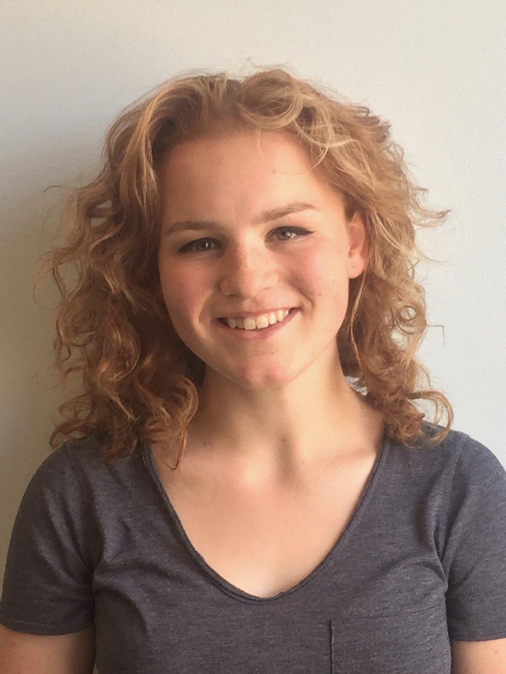 Kira  - High school student charles Wright Acad.  - igem member 2018