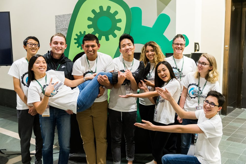 Thank you Justin Knight and the iGEM Foundation for the photo!