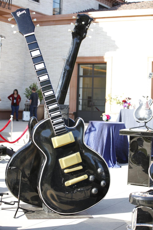Gibson 1.JPG