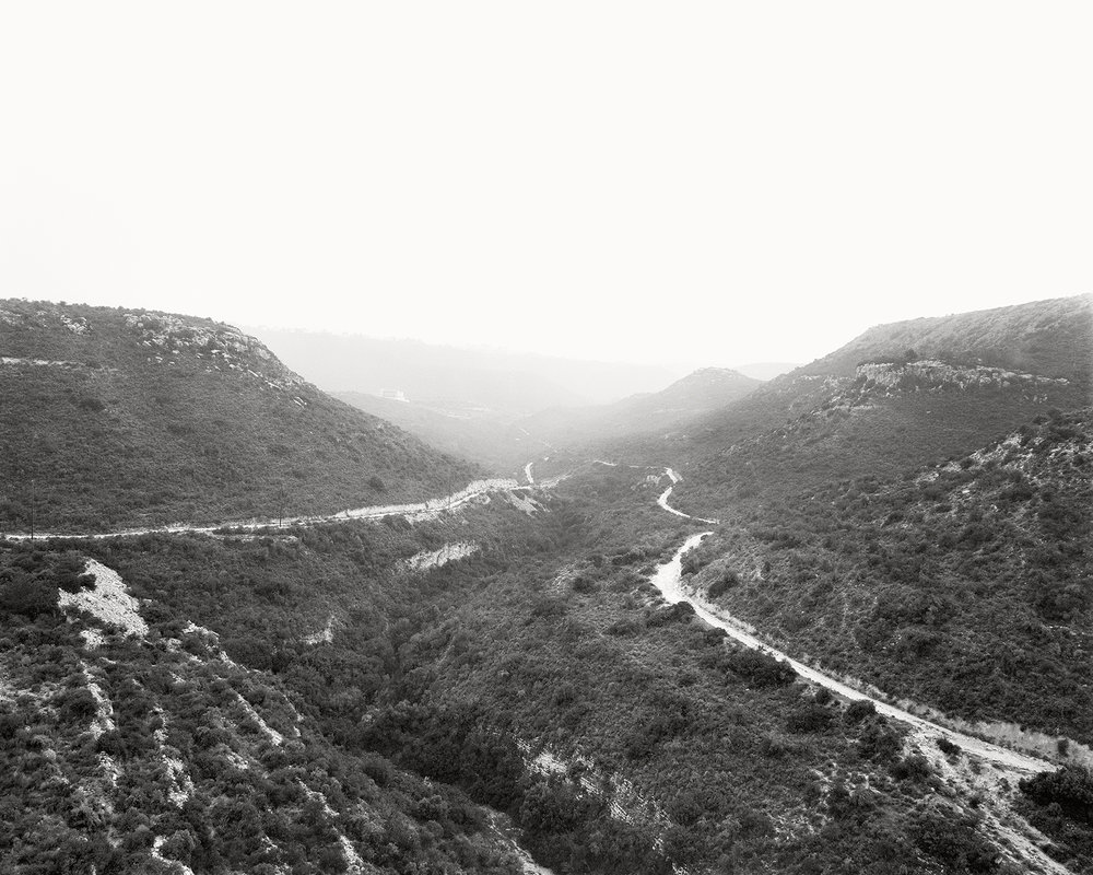07 Two roads and a gorge.jpg