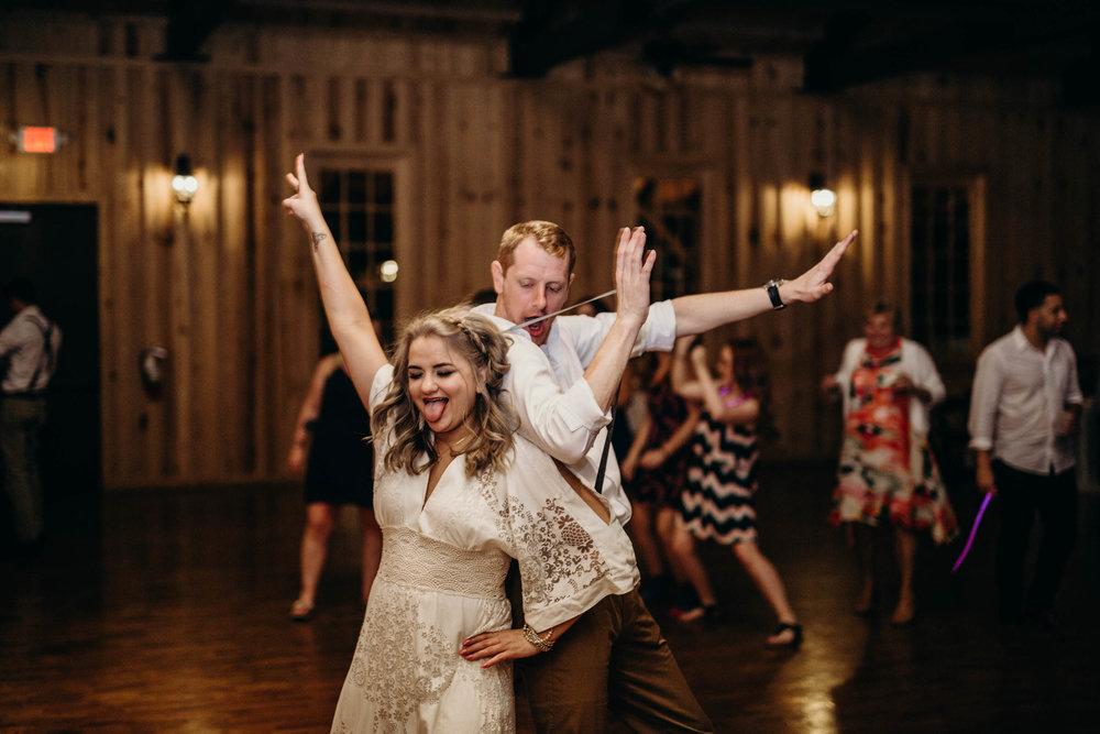 dietzen_aubrey-texas-the-springs-wedding_042-1.jpg