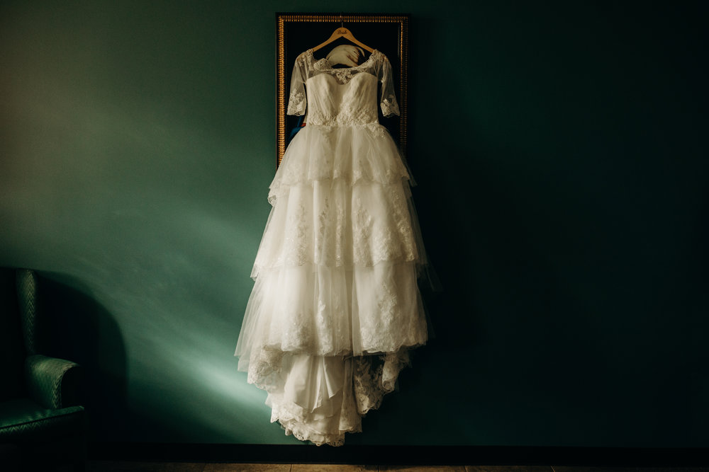 Art Deco-traditional-catholic wedding-carlisle room-dallas-texas-moth and moonlite photography_001.jpg