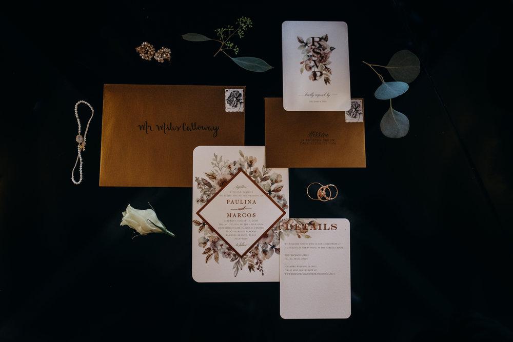 Art Deco-traditional-catholic wedding-carlisle room-dallas-texas-moth and moonlite photography_004.jpg