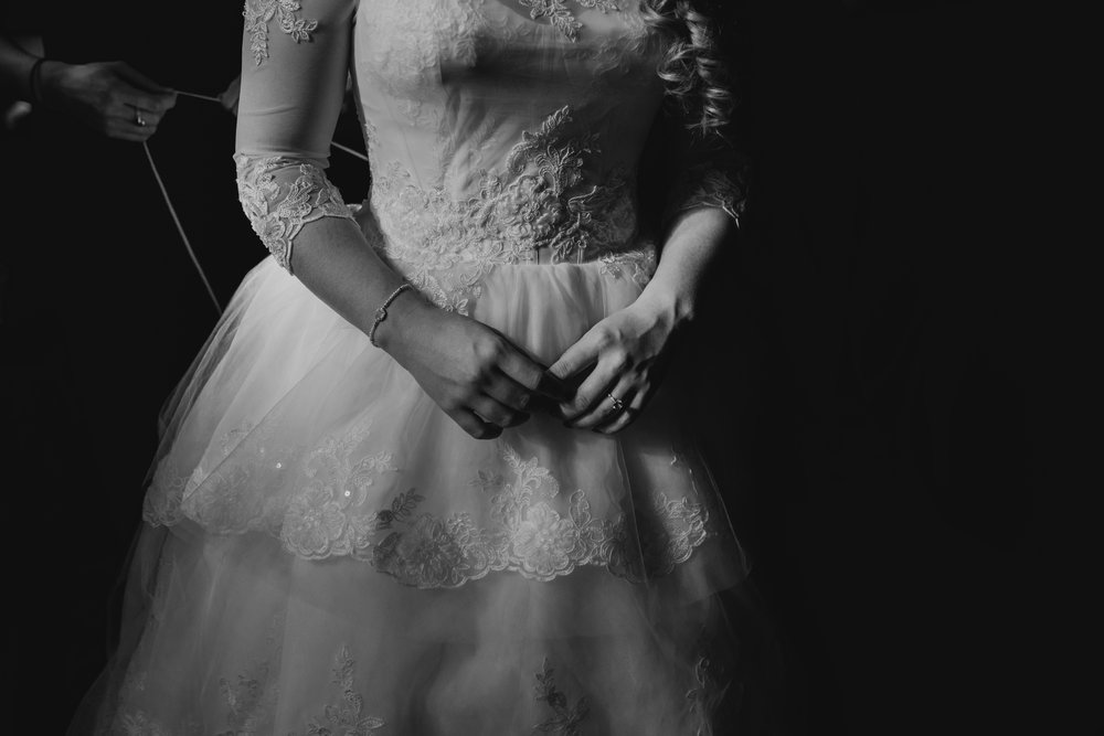Art Deco-traditional-catholic wedding-carlisle room-dallas-texas-moth and moonlite photography_018.jpg