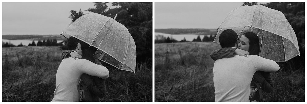 lake lavon-rainy-romantic-surpise-proposal-moth and moonlite photography_015.jpg