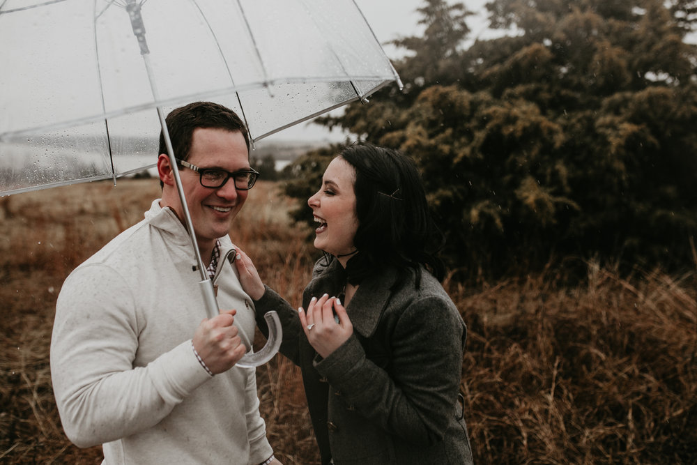 lake lavon-rainy-romantic-surpise-proposal-moth and moonlite photography_017.jpg