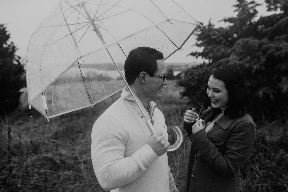 lake lavon-rainy-romantic-surpise-proposal-moth and moonlite photography_018.jpg