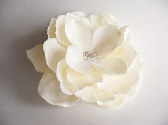 Ivory silk flower haircomb small weddings chicago feb 22 ivory silk flower haircomb mightylinksfo