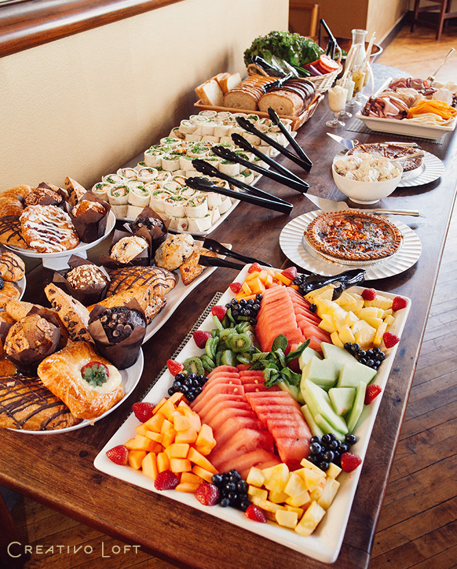 18-Creativo-TinyWedding-Brunch-buffet.jpg