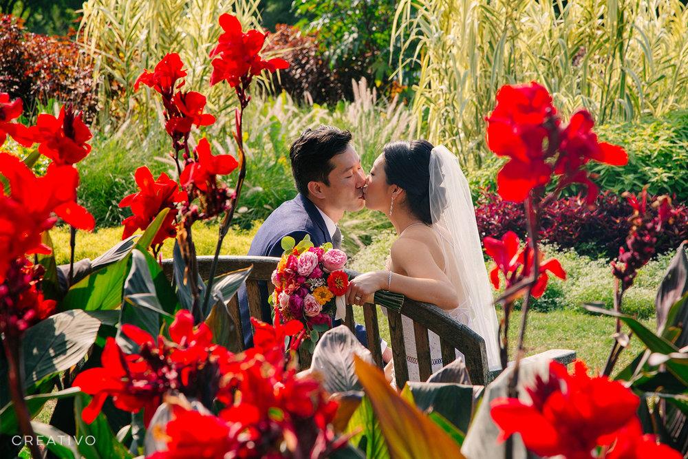 15. Chicago elopement in a lush floral garden