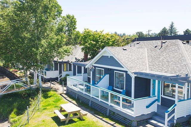 It's time to start thinking about your spring and summer getaways! We have 8 gorgeous waterfront vacation cottages available for short-term rental, each one totally unique! . . . . . . . . . . #canadavacations #travelbc #yyj #travelblogs #westjet #huffpostbc #flytheflag #wherevancouver #flypca #wandervictoria #goexplore #canadaviews #imagesofcanada #beautifulbc #storiesofthecoast #canadaviews #vancouverislandguide #pacificnorthwest #thebestofcanada #roamtheisland #goexplore #enjoycanada #ontheroam #withroam #explorevictoria #victoriaviews #victoriabuzz #dailyviewvictoria #pnwisbeautiful