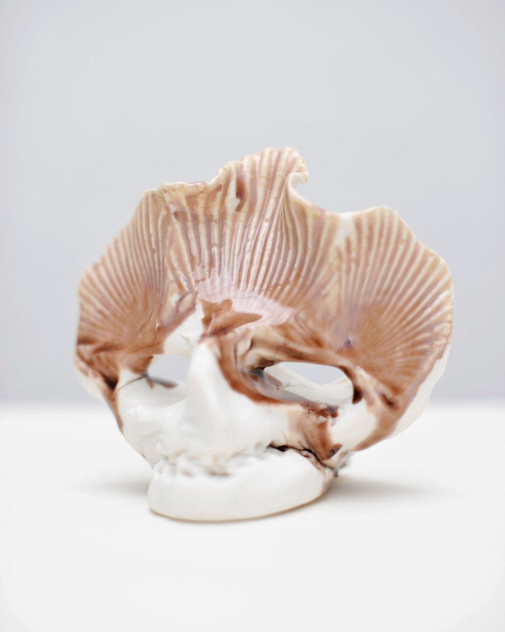 SMALL IDOLS : C, Porcelain partly glazed, 2018