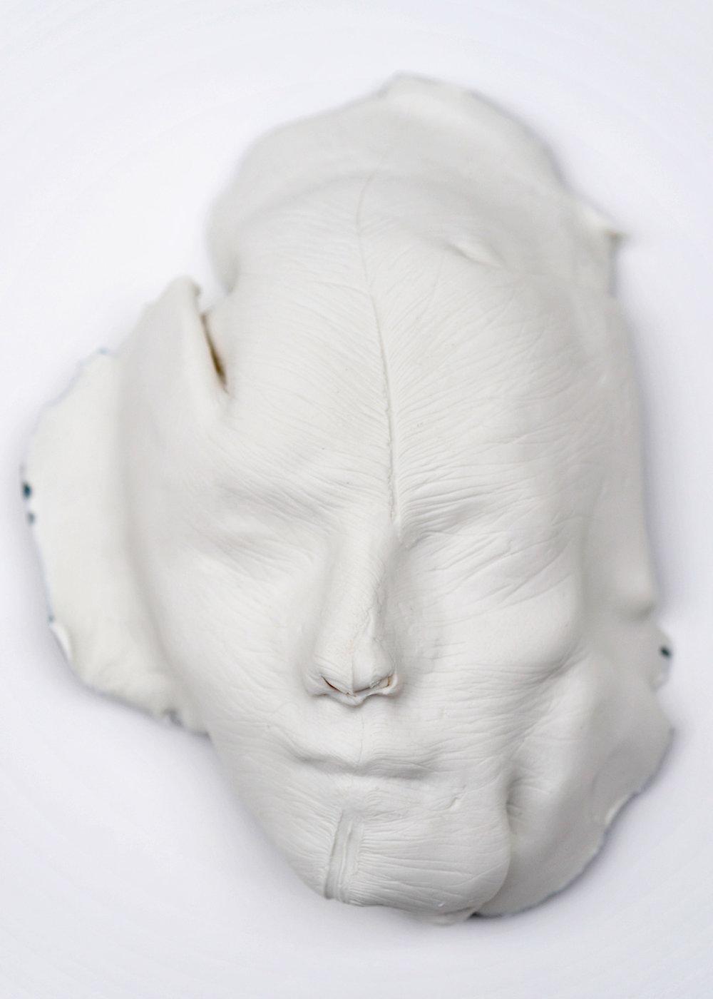 Medusa MACRO, Porcelain 2018