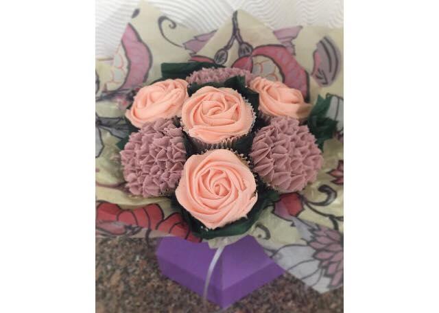 cupcakerosebouquet