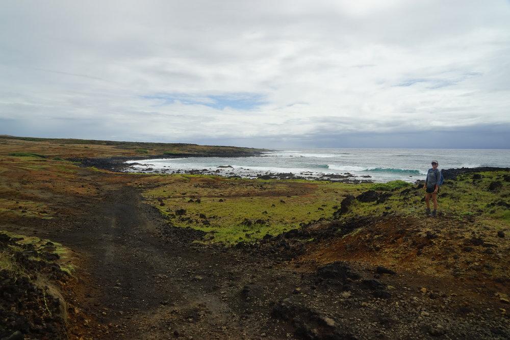 Hiking to  Papakolea Beach