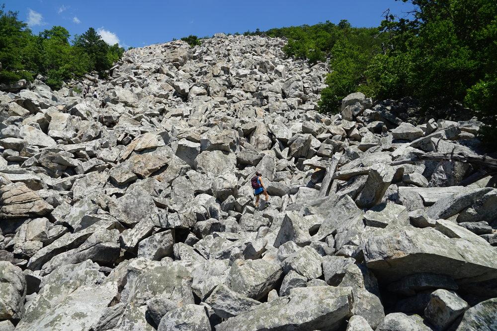 Hike to   Devil's Marbleyard