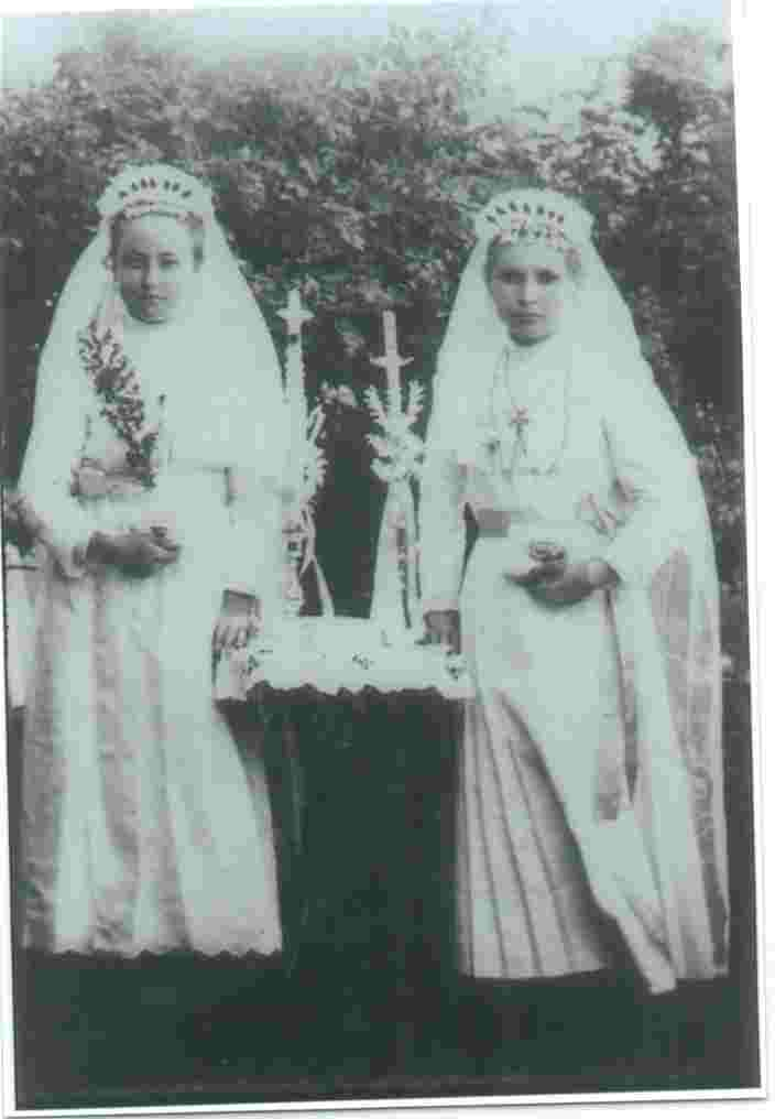 L- R Emerentiana Ihli and Pelagia Erker