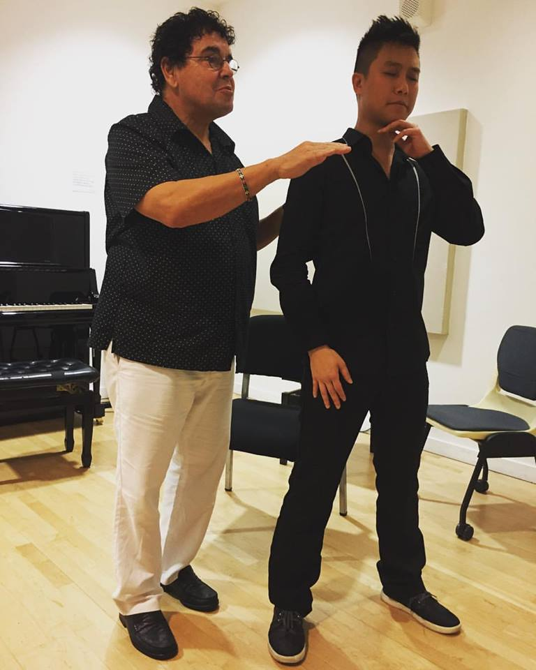 Voice lesson with American tenor Donald George