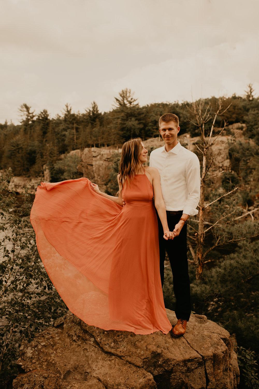Oregon Couple Photographer