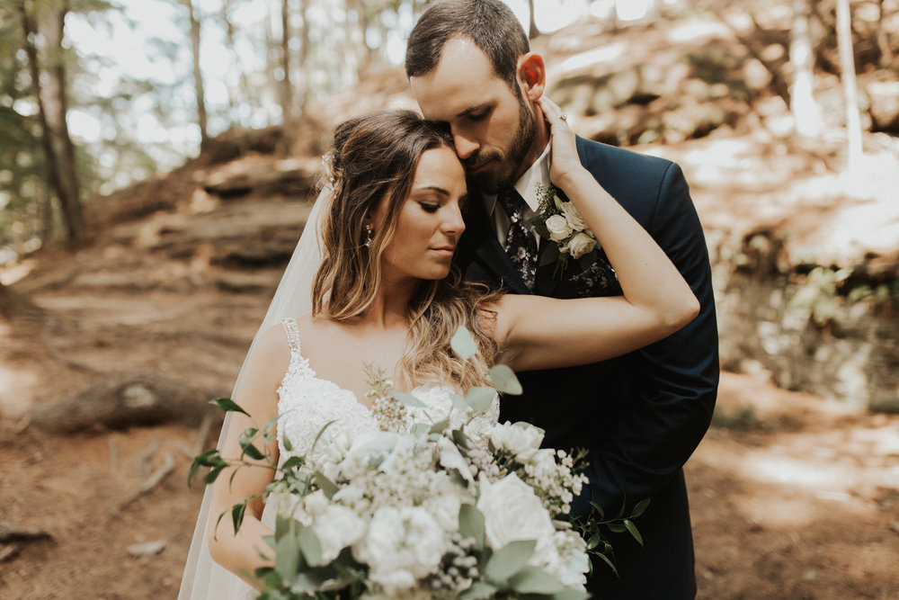 Michaela & Will Wedding l Swan Door Barn Wisconsin l Katy Rose Photo l Boho Wedding l Minnesota Wedding Photographer-62.jpg