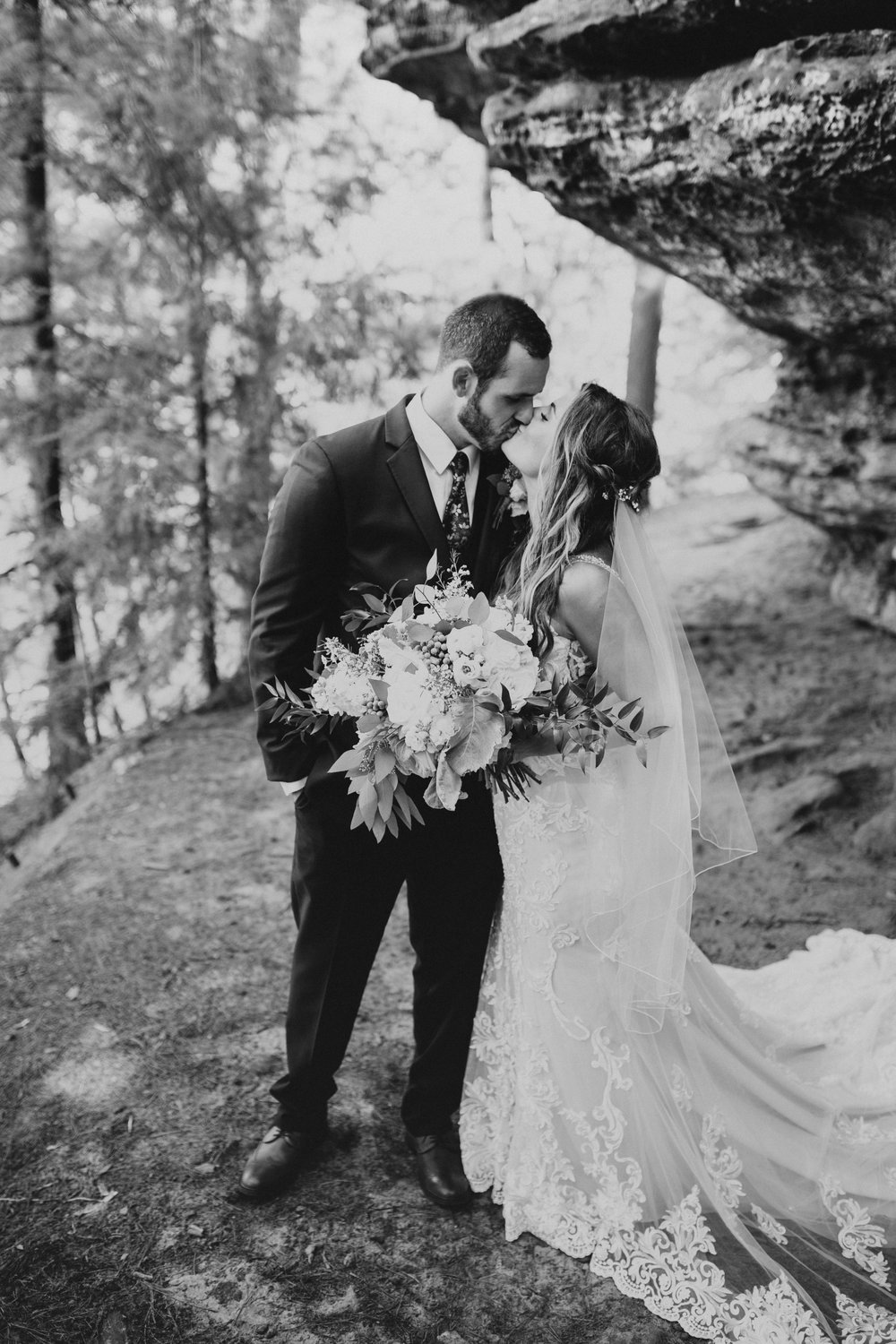 Michaela & Will Wedding l Swan Door Barn Wisconsin l Katy Rose Photo l Boho Wedding l Minnesota Wedding Photographer-86.jpg