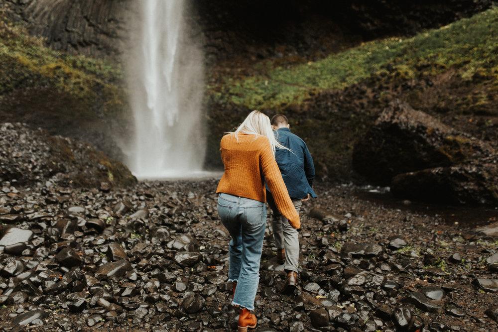 LaChelle & Ben Oregon Engagements l Latourell Falls-2.jpg