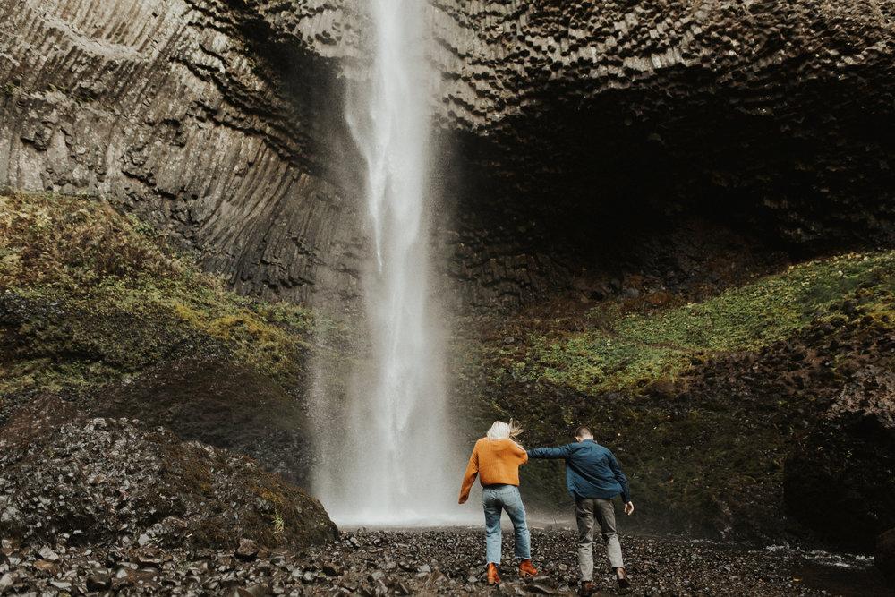 LaChelle & Ben Oregon Engagements l Latourell Falls-5.jpg