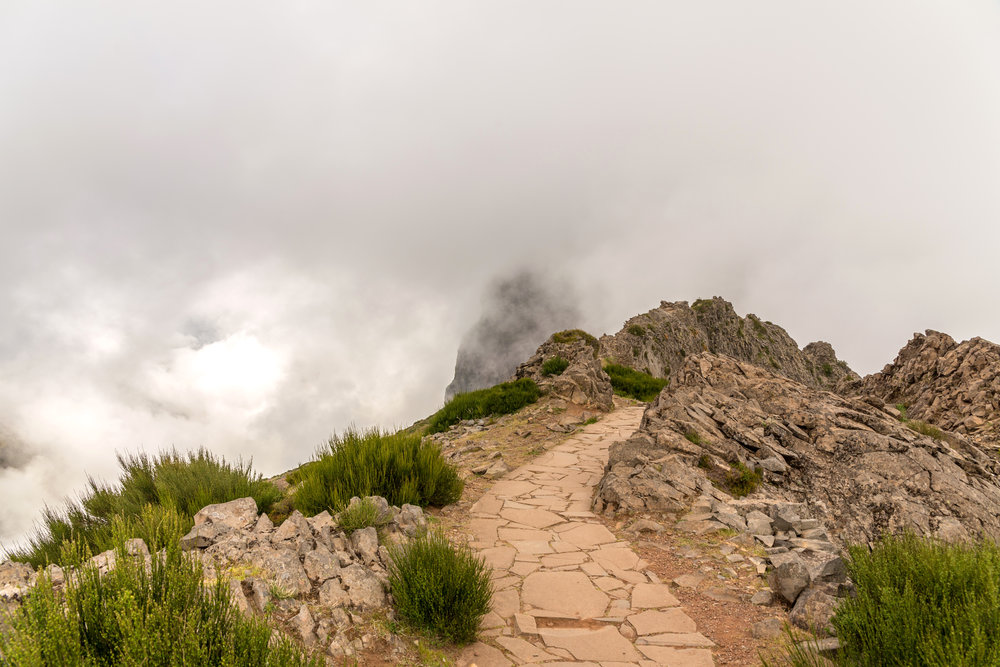 Leaving Pico do Arieiro in the mist, Madeira