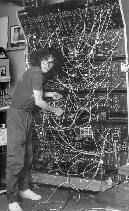 Steve Porcaro in 1982 with Polyfusion Modular synth. Image via WIkimedia Commons.