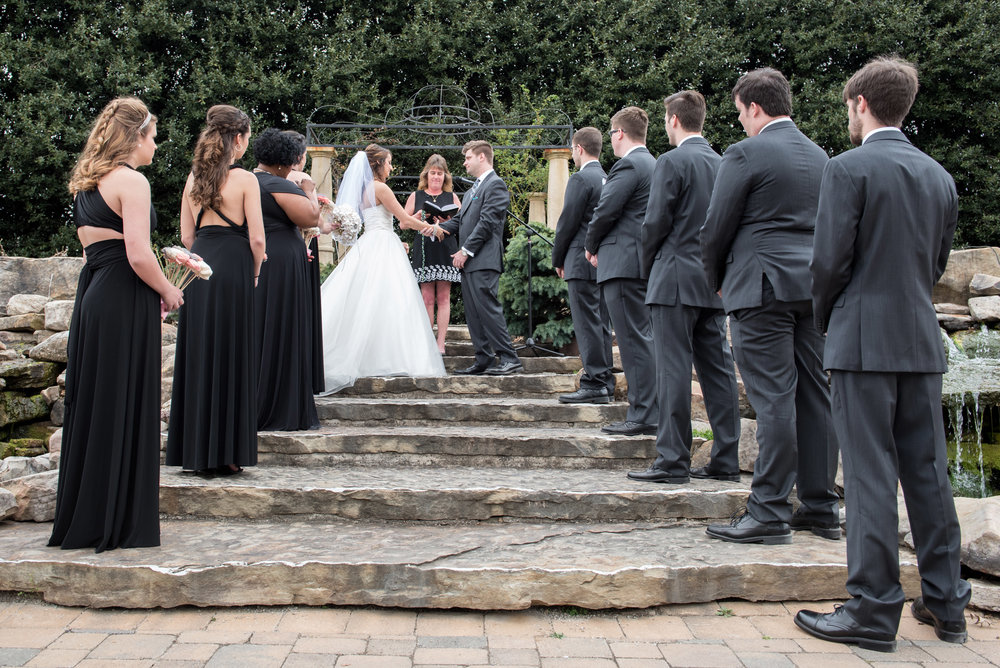 A truly Classic Knoxville Wedding