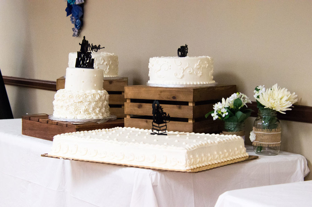 So many options for wedding cake!