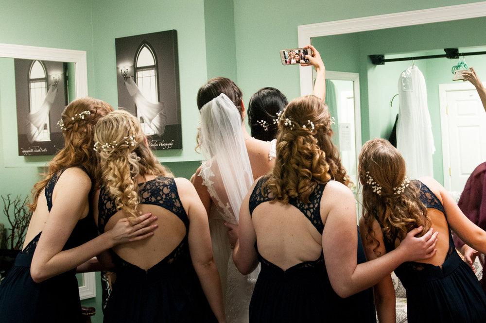 WEDDING SELFIE!!!