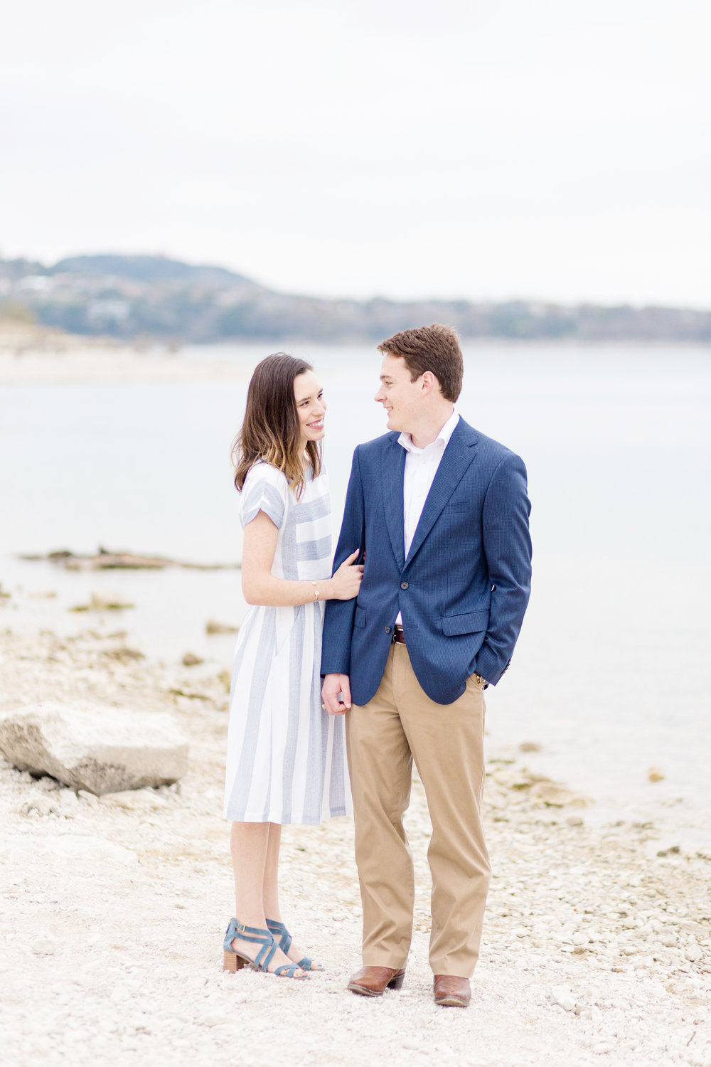 San Antonio Austin Tx Texas Hill Country Wedding Engagement Photographer Engagement Photo Session Pictures Canyon Lake Texas