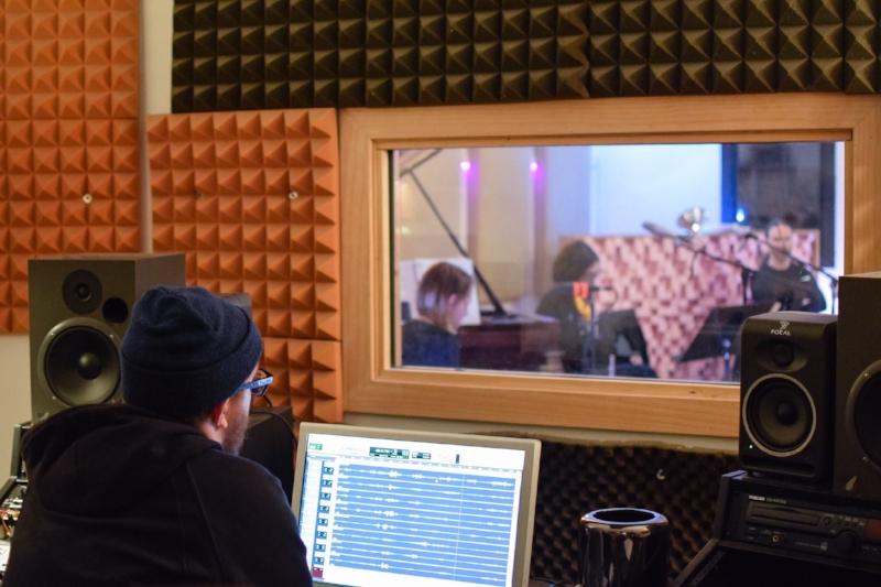 Recording a.periodic