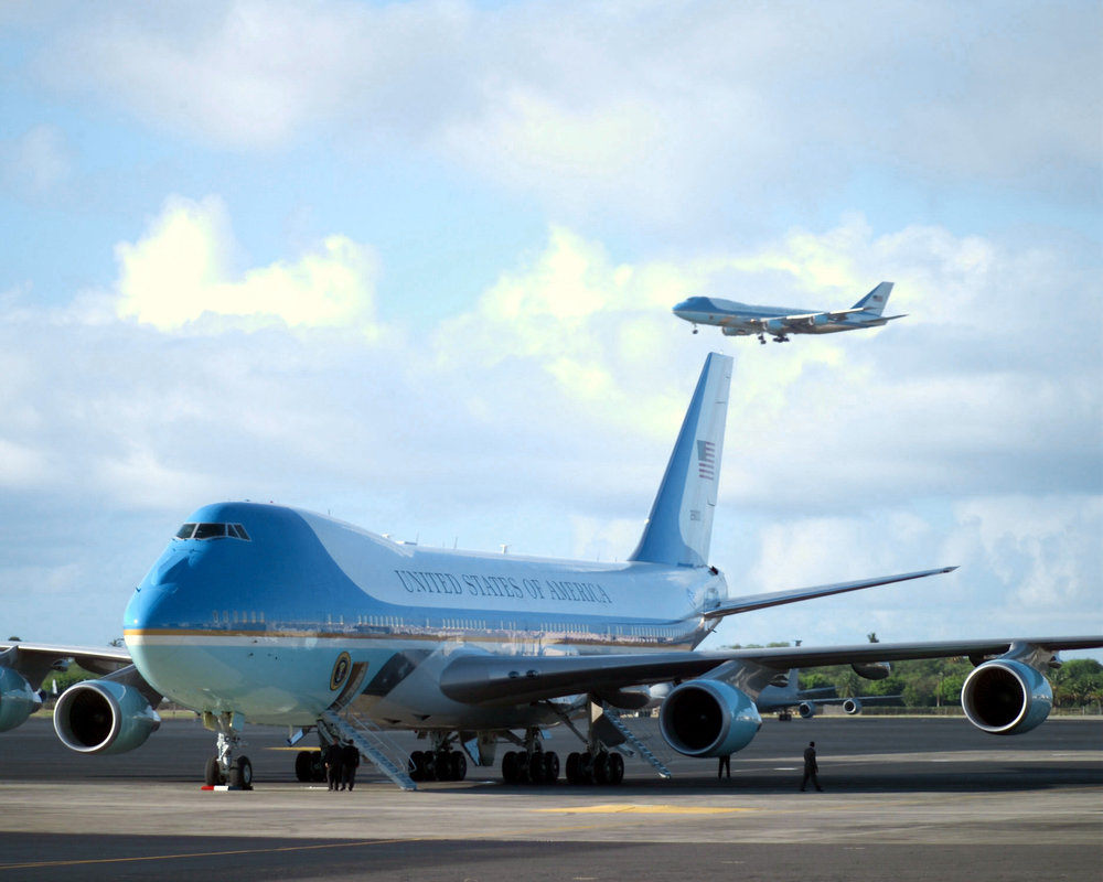 The_two_Boeing_VC-25A_Air_Force_One.jpg