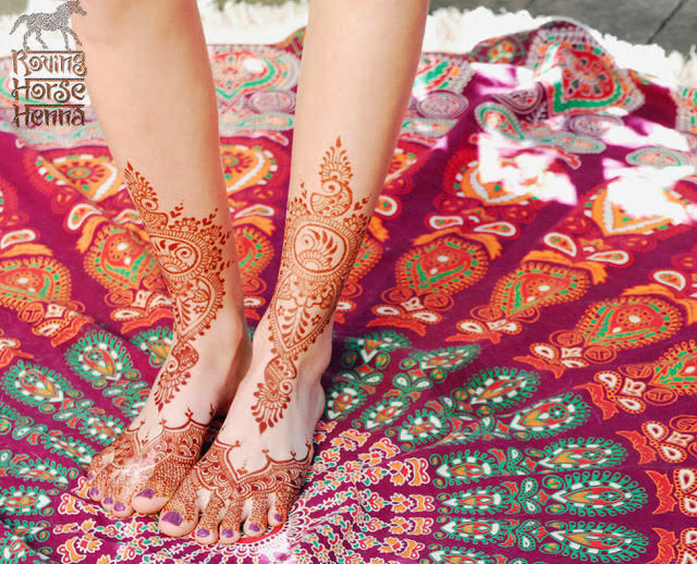 Henna is used as a cooling remedy on the soles of feet but this design is more art than remedy!