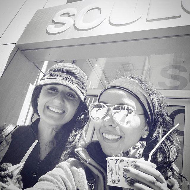 Roommate love! 😘 . . #soma #soulcycle #soulsisters #iworkout #gym #activewear #lululemon #sanfrancisco #sf #fidi #california #summerfun #treatyoself #pressedjuicery #roomielove #girls