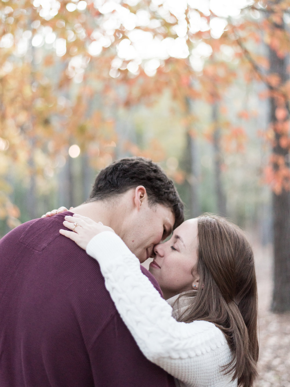 fall engagement photos romantic