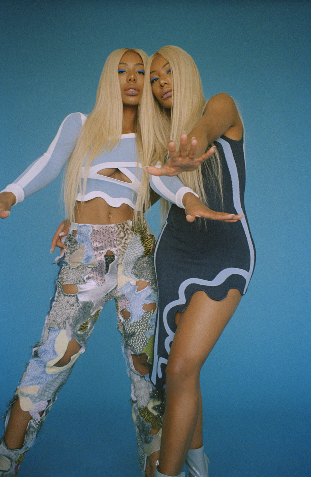 CLERMONT TWINS 35MM 43-.jpg