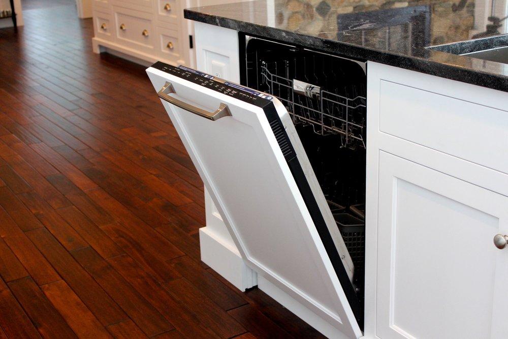 Decorative dishwasher panel.JPG