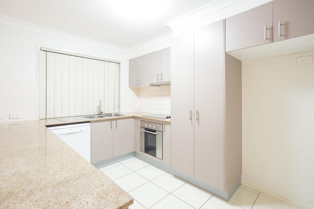 Kitchen 3 (1 of 1).jpg