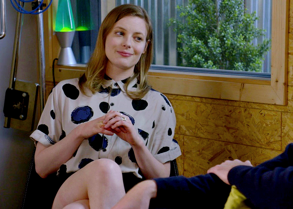 Love Netflix Mickey Outfit Style Business