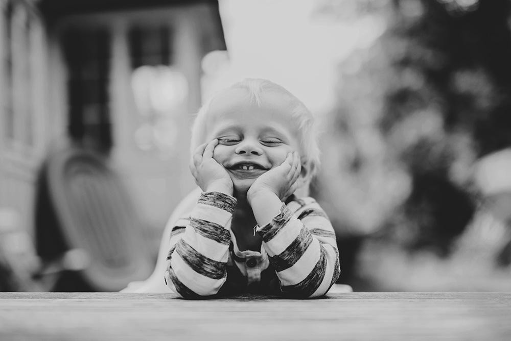 familjefotografering-barn-foto-skratt-halmstad_001.jpg