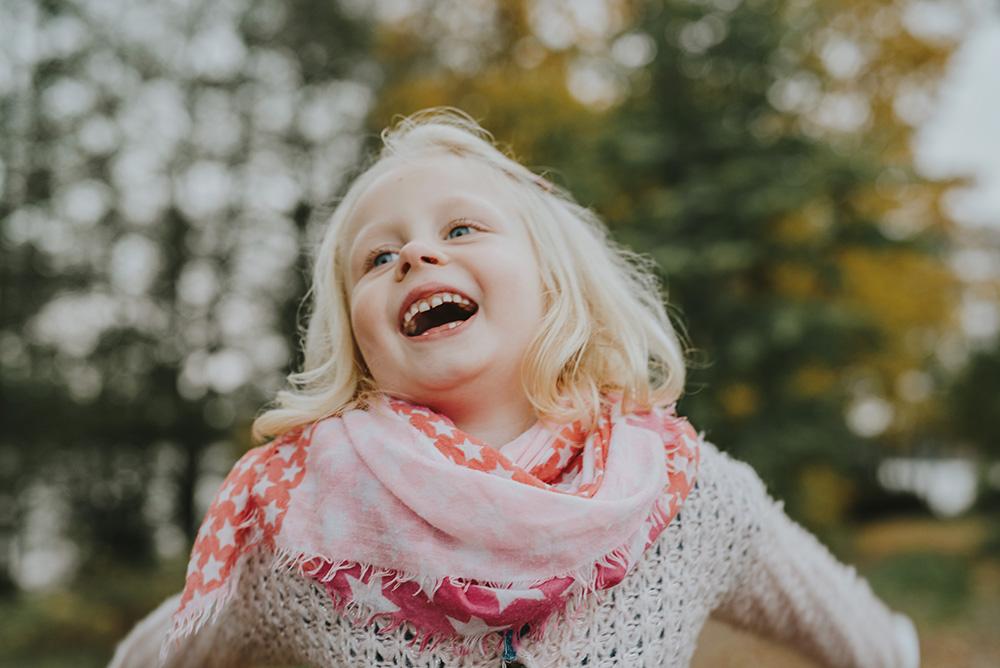 familjefotografering-barn-foto-skratt-halmstad_002.jpg