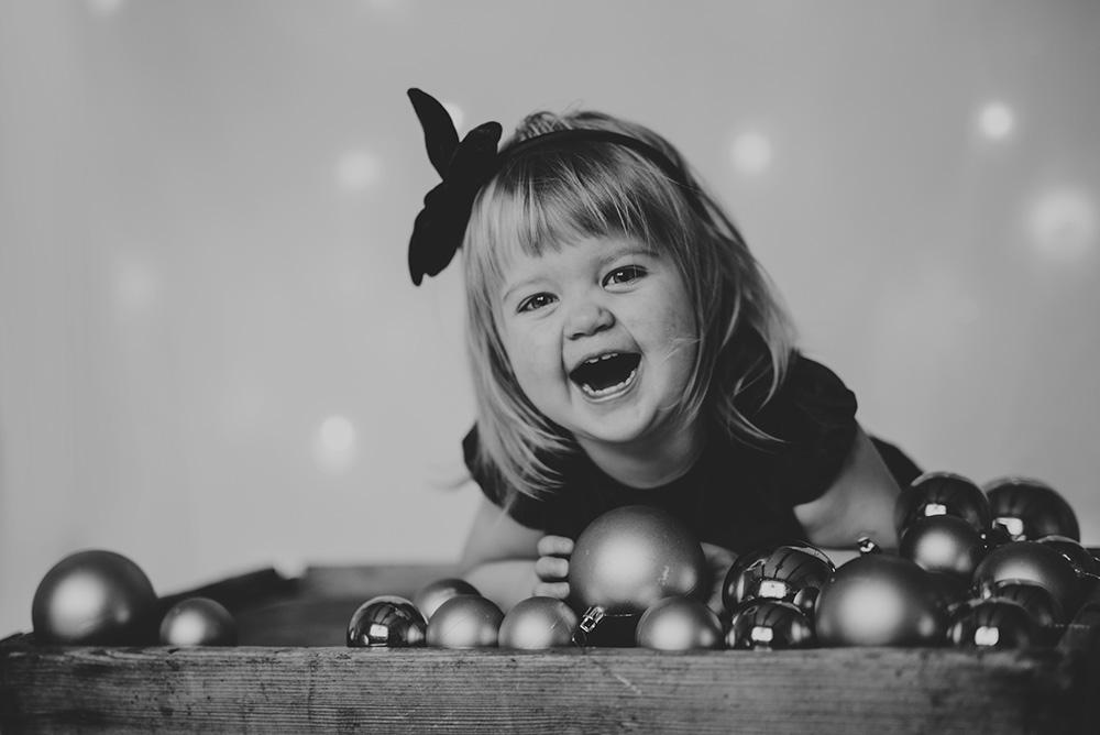 familjefotografering-barn-foto-skratt-halmstad_003.jpg